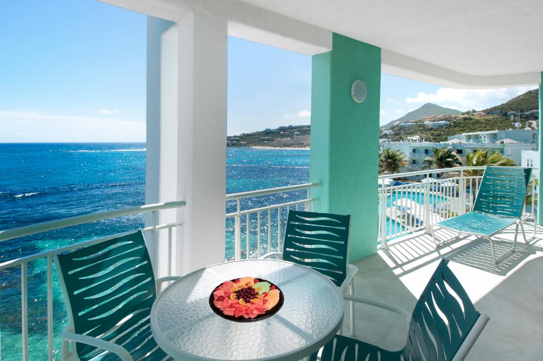 Two Bedroom Oceanfront Suite Patio